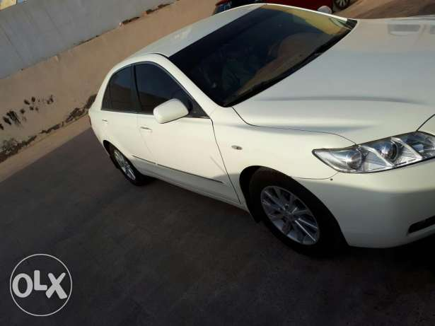 Toyota camry 2008 full auto Oman showroom car is good clean