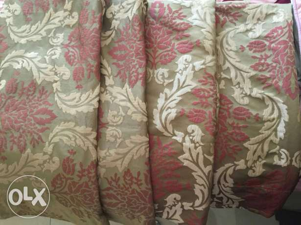 Set of 4 curtains