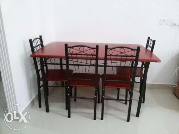 Dining Table with 4 chair only 25.000