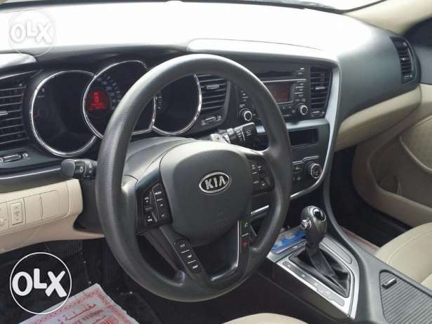 Kia Optima Dr driven model 2012 like new صحار -  2