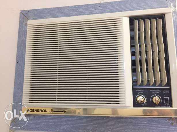 general 1 year old 2 ton ac urgent sale