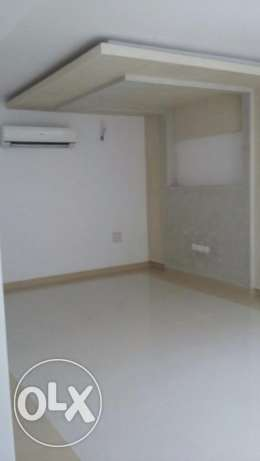 flat for rent in almawaleh north for 400 riel مسقط -  2