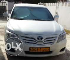 Camry 2011 full automatic gulf agency white colour.