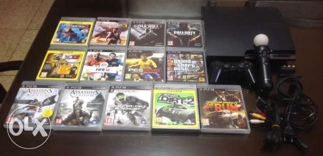 PlayStation 3 slim 320gb with all accessories as shown