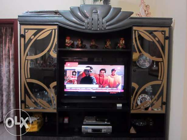 TV cabinet / Showcase - for keeping TV up 32 inch size and show pieces