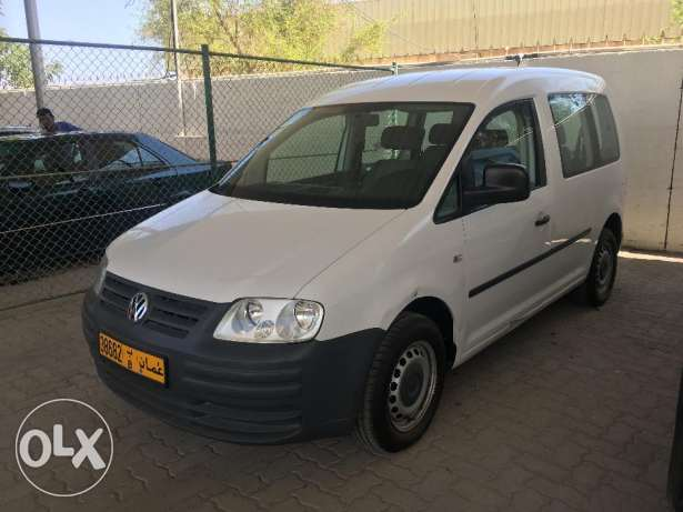 Volkswagen Caddy 1.6 Good Condition مسقط -  1