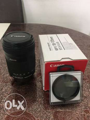 Canon 18-135mm lens f/3.5-5.6 IS