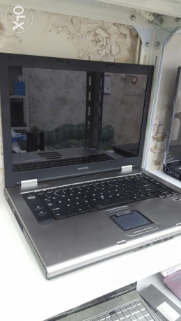 Toshiba tckra laptop m8 for sale very good c2d