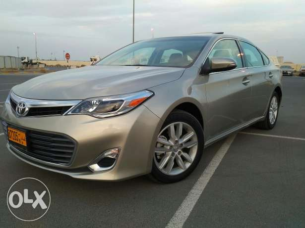 Toyota Avalon model 2015, brand new condition