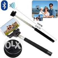 selfie stick with bluetooth and zoom
