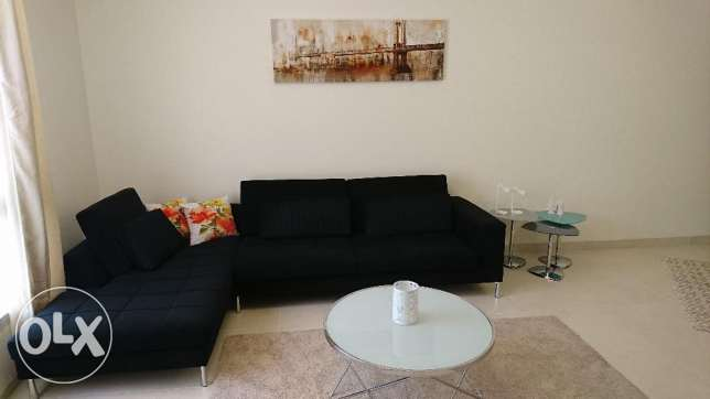 Sofa L-shape, very nice condition with cushion مسقط -  1