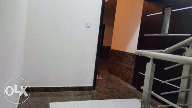 e1 brand new flat for rent in al ozaiba 2 bedroom in verry good بوشر -  5