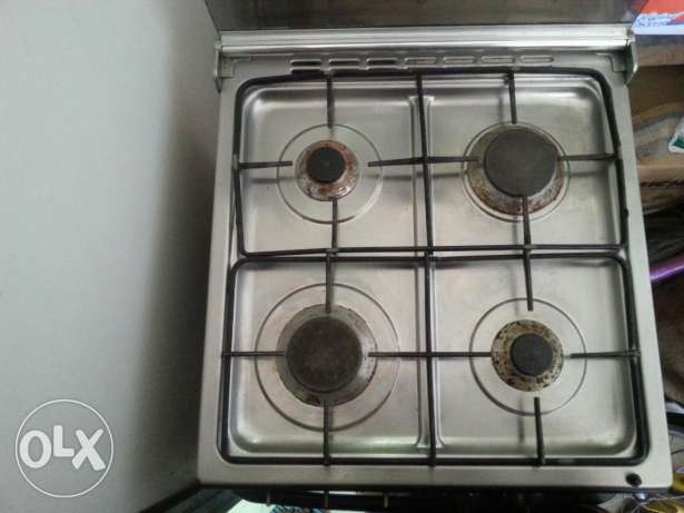 Cooking range for urgent sale..watsapp for more details