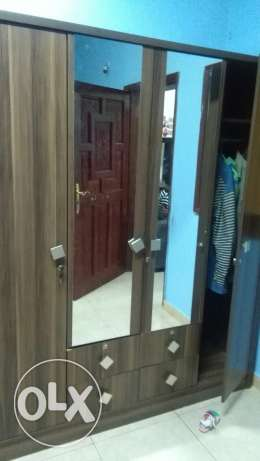 4 door Cupboard for sale السيب -  1