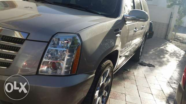 Cadilac esclade for sale only السيب -  8