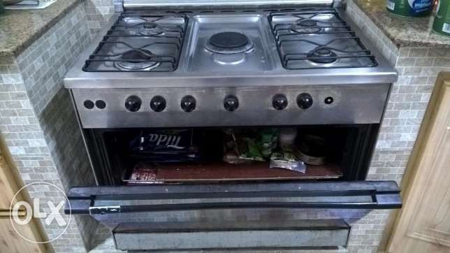 Cooking top for Sale - 5 Burner (1 Freebie as well with this) السيب -  2