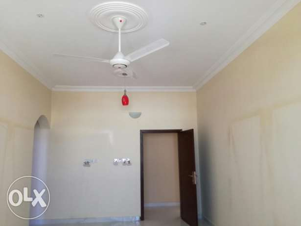 Family rooms for rent in azaiba back side of al meera مسقط -  6