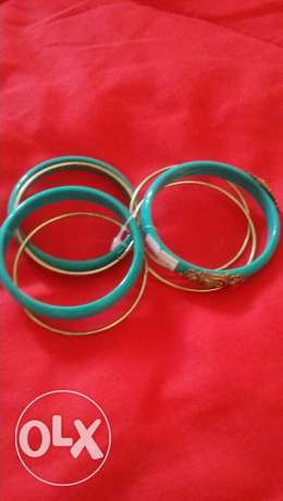 bangles for sale مطرح -  1