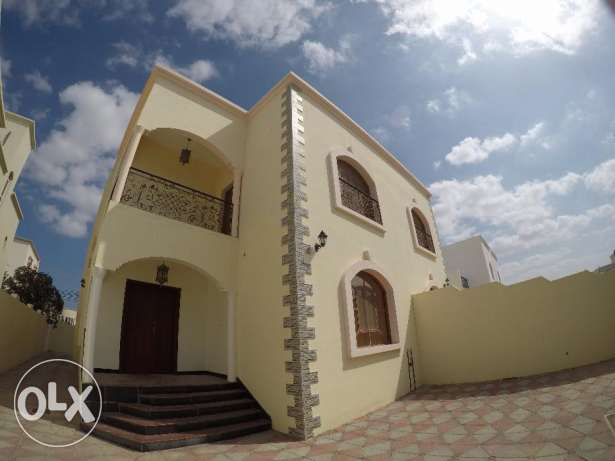 Mawale Beautiful 5 BHK + 1 Maid Twin villa For Rent(Company Bachelor)