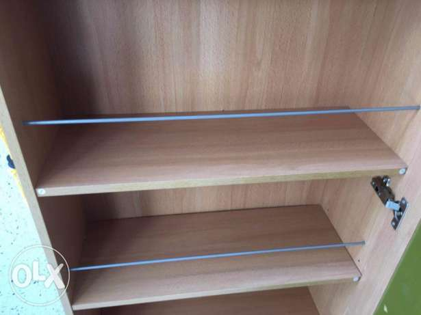 Shoe rack which is 10 months old in very good condition for sale مسقط -  3