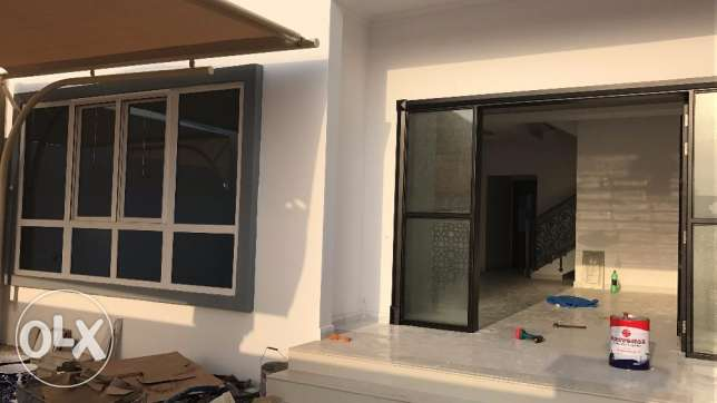 Brand new villas for rent in al mawaleh north