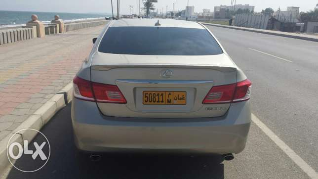 Lexus 2011 full automatic gold colour made in japan السيب -  2