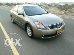 Nissan Altima in very good condition