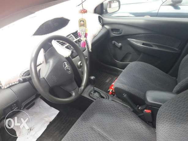toyota yaris2009 automatic 1.5cc for sale
