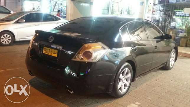 2009 Model Nissan Altima.Full Automatic.Very good condition