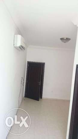 Room with private bathroom compoud near sea Athaiba غرفة شاطى العذيبة