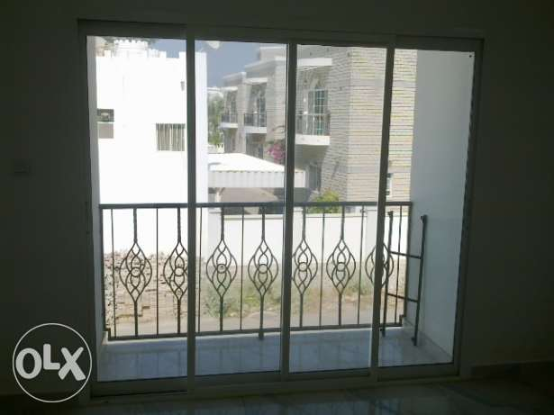 5 Bedroom Villa in a Small Compound in Madinat Al Illam with Pool مسقط -  3