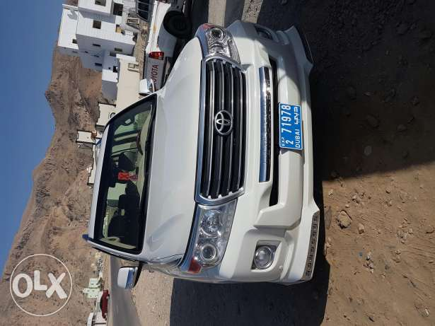 Land cruiser it is very good condition one hand lady use مسقط -  1