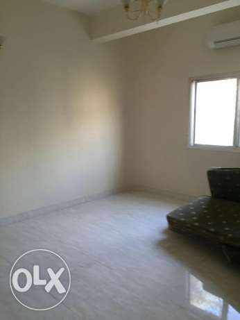 furnished bedroom for lady in Alkhwair near Radisson blue hotel بوشر -  8