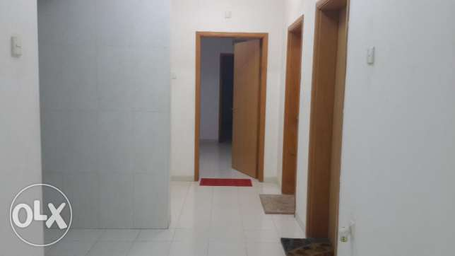 Flat for rent in Seeb, near Bahja Hyper Market, near The Wave Muscat مسقط -  2