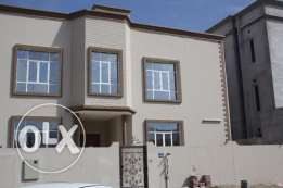 new villa for rent in almawaleh north