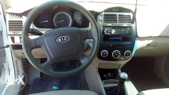 Cerato 2007 manual gear 1.6 well maintained in very good condition. ينقل -  6