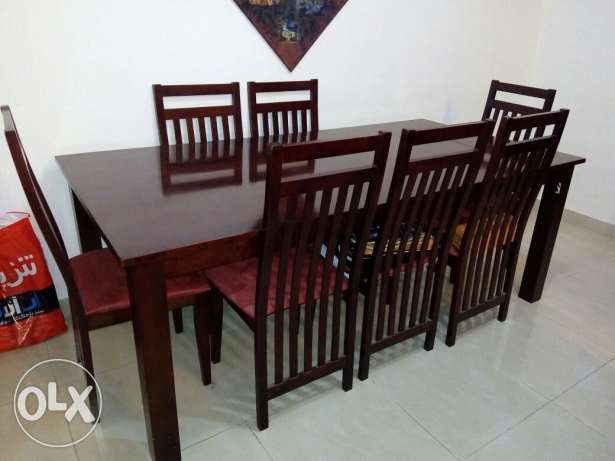 8seater dining table