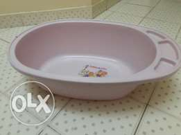 Kid bathing tub
