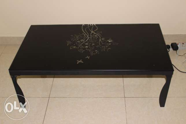 Centre table & Carpet for sale ( together or separately) مسقط -  5