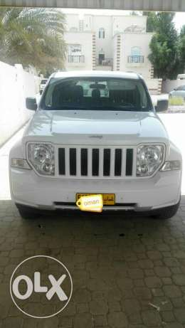 Jeep Cherokee 2012 urgently selling (Expat leaving)