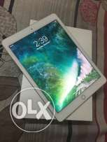 Apple ipad Air 2 16GB Gold color like a new condition