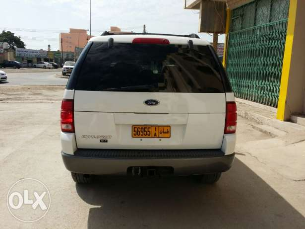 Ford explorer 2004 full option sunroof urgent sale صلالة -  5