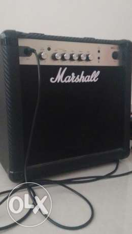 Marshall MG15CF Guitar Amplifier + Guitar Cable