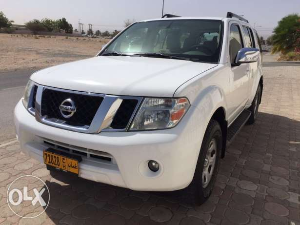 Immaculate condition Nissan Pathfinder 2012 for sale