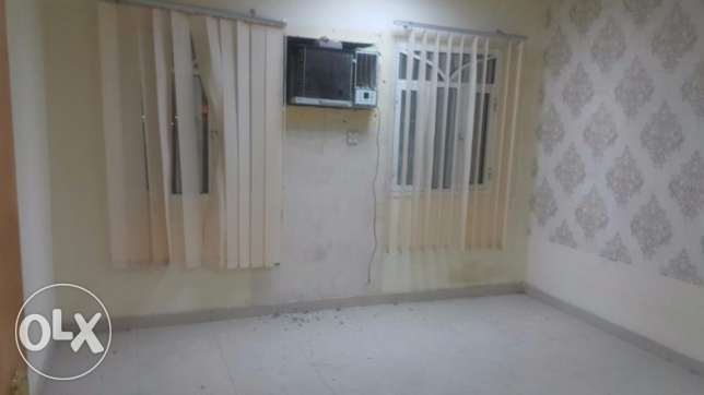 1 BHK for rent in GHoubra front of alhayat Hospital مسقط -  1