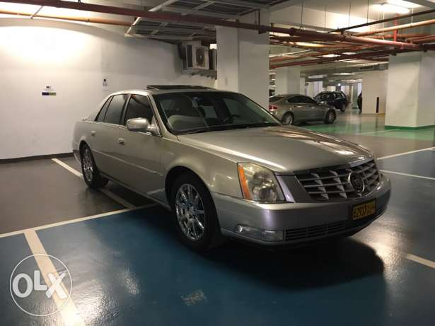 Cadillac 2007 low milage bought in 2011