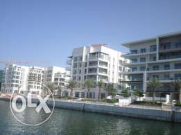 3 BR Stunning Seafront Apartment in Al Mouj