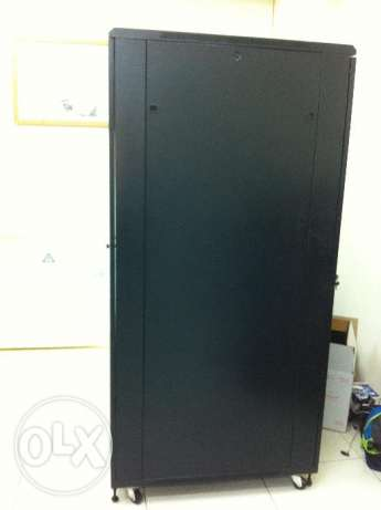 Servers Machines Cabinet with Racks and All Accessories