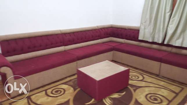 8 .seater sofa Set with carpet for sale