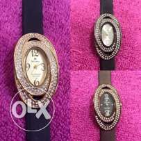 Ladies watch with 1 year warranty